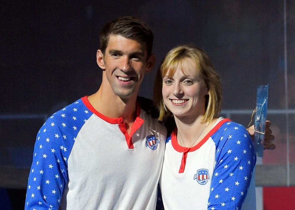 Michael Phelps e Katie Ledecky decidiram se dedicar ao esporte universitário americano. Katie Ledecky já estuda com bolsa de estudos em uma universidade americana. (Reprodução: www.theastrofiend.blogspot.com.br/).