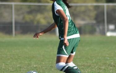 Conheça a estudante-atleta Nicol Olivares