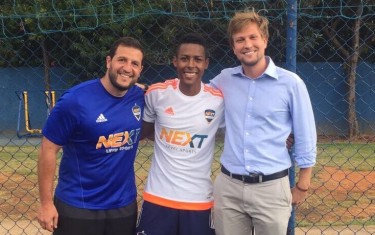 Atleta tem primeiro contato com o inglês após ingressar na Next Academy