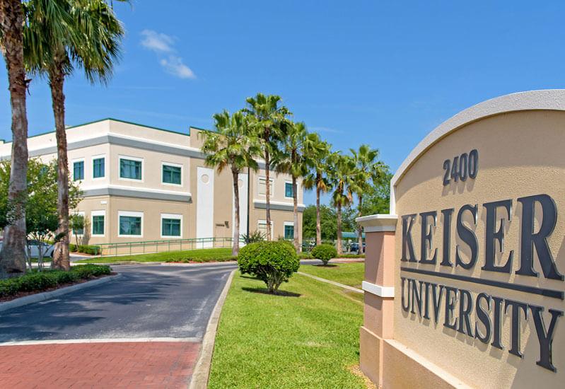 Intercâmbio de futebol na Flórida - Campus da Kaiser University - Miami, Flórida