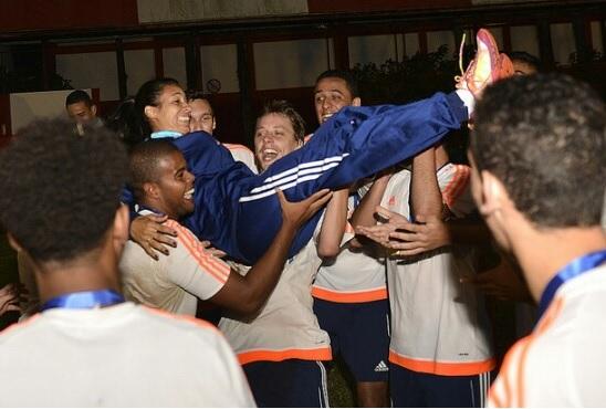Anne Barros foi eleita segunda melhor treinadora de toda a rede Next Academy