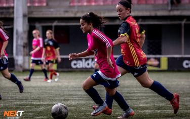 Família percorre mais de 2 mil quilômetros para filha realizar o sonho de jogar futebol e estudar nos Estados Unidos